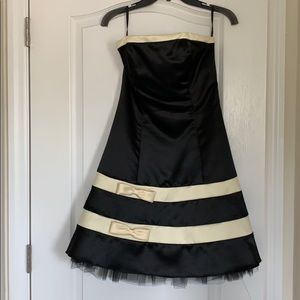 Perfect cocktail dress!